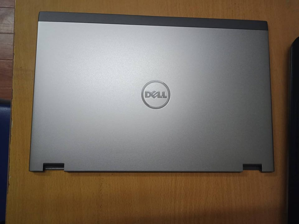 Thay vỏ laptop dell vostro 3360